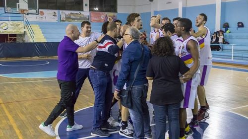 Castanea Basket vs Piazza Armerina