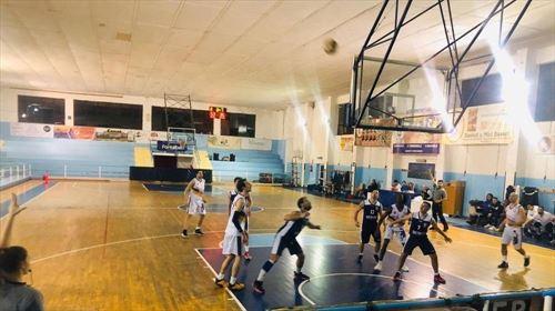 Vittoria del Campionato regolare per il Castanea Basket.