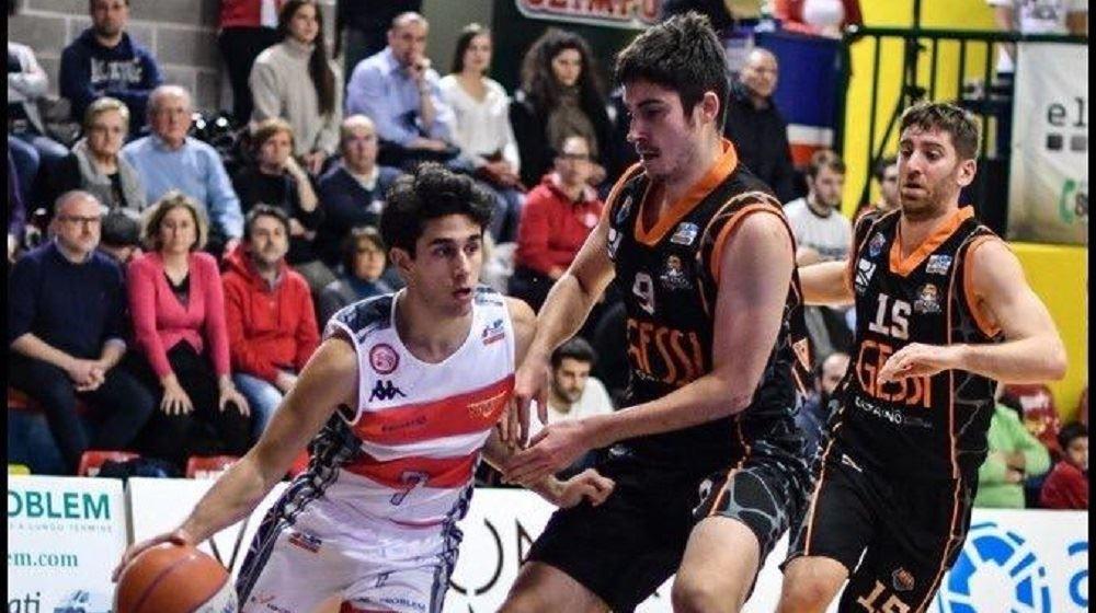 Il Castanea Basket presenta l'ultimo arrivato e chiude il roster.